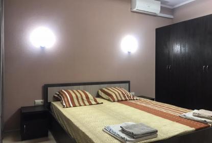 Апартаменты Люкс двухкомнатный отдельная спальня.
