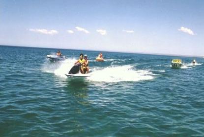 Катание на катерах и гидроциклах